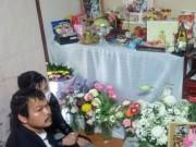 """Tin tức trong ngày - Mẹ bé gái người Việt bị sát hại: """"Nhắm mắt lại thấy con khản giọng cầu cứu"""""""