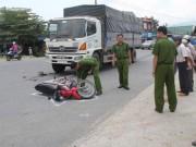 Tin tức trong ngày - Xe tải tông xe máy, 1 phụ nữ bị lột toàn bộ da đầu