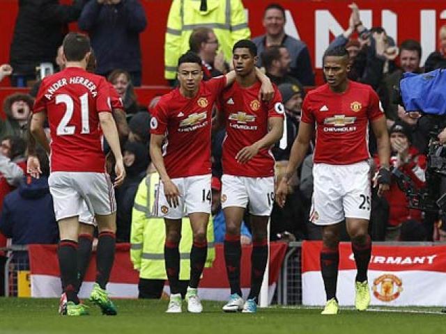 MU 3-5-2 hạ Chelsea: Vũ khí nguy hiểm mới của Mourinho