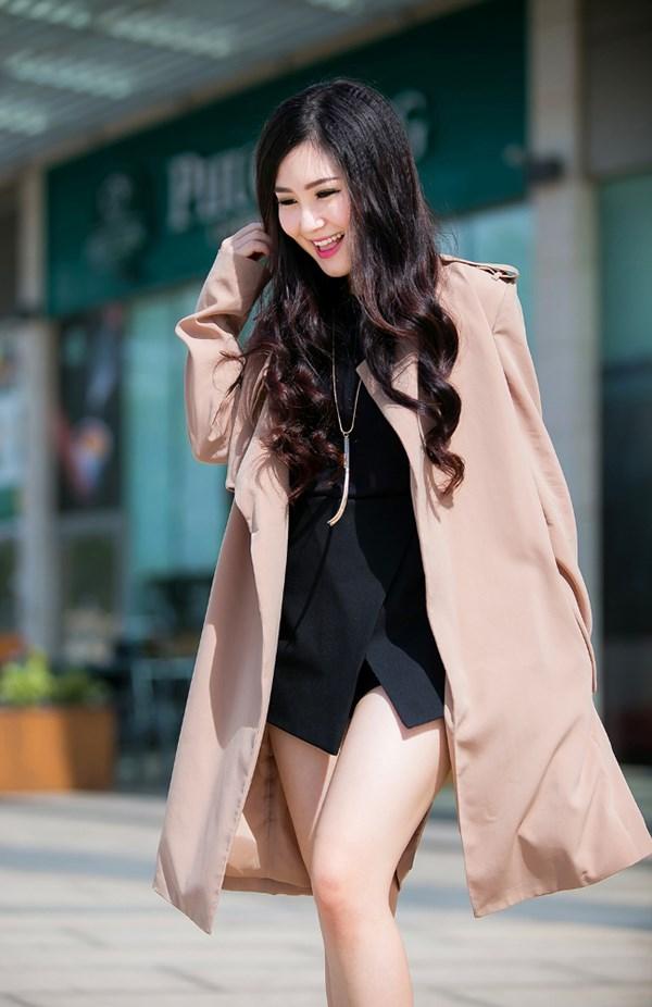 Hương Tràm hẳn là mỹ nữ mặc vest khoét không nội y đẹp nhất Vbiz - 6