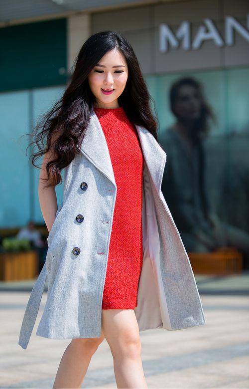 Hương Tràm hẳn là mỹ nữ mặc vest khoét không nội y đẹp nhất Vbiz - 15