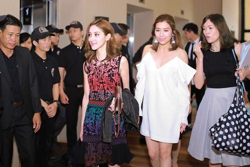 """Hoa hậu Hong Kong """"phát hờn"""" với nhan sắc bạn gái Ngô Kiến Huy - 5"""