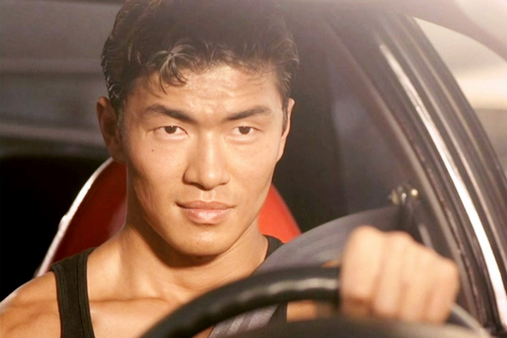 """8 lần """"thiêu rụi"""" phòng vé: Fast & Furious có gì hot đến thế? - 11"""