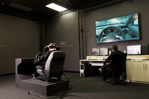 """Công nghệ VR giúp """"lái thử"""" trước khi mua - 1"""