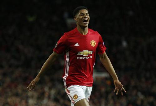 Rashford cứu MU: Fan ví với Ronaldo, cảm ơn Van Gaal - 1