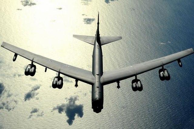 """Mỹ biến """"pháo đài bay"""" B-52 thành siêu máy bay tối tân - 3"""