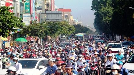 Cấm xe máy là xúc phạm 80% người dân - 1