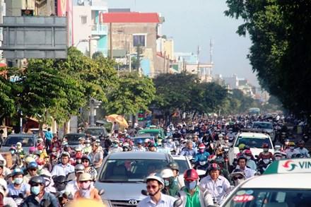 Cấm xe máy là xúc phạm 80% người dân - 4