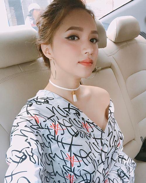 """""""Ngất"""" vì mặt thay đổi xoành xoạch của Hương Giang Idol - 5"""