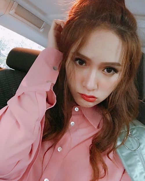 """""""Ngất"""" vì mặt thay đổi xoành xoạch của Hương Giang Idol - 7"""