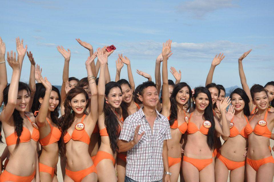 Những cô vợ nõn nà, trẻ hơn chồng 25-30 tuổi của showbiz Việt - 5