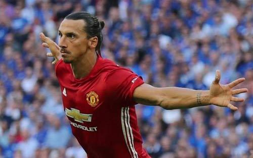 MU: Ibrahimovic nghỉ gần 1 năm, cơ hội vàng cho Rooney - 1