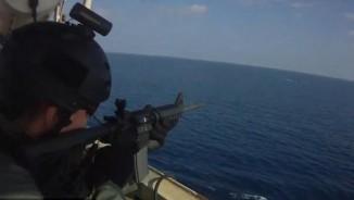 Video: Lính đánh thuê Mỹ đấu súng ác liệt với cướp biển