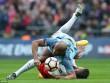 Arsenal - Man City: Căng thẳng vì trọng tài
