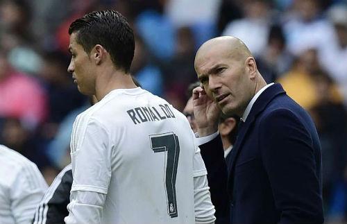 "Ronaldo ""chân gỗ"": Zidane cũng chê, Perez quay lại Hazard - 1"