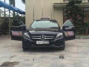 Quảng Ninh: Dùng xe sang Mercedes C200 chạy taxi