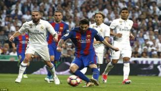 """Real lộ tử huyệt: """"Bố già"""" phật ý, Zidane nguy cơ bị trảm"""