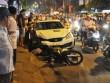 """""""Xe điên"""" đại náo trên phố, người đi xe máy văng khắp nơi"""