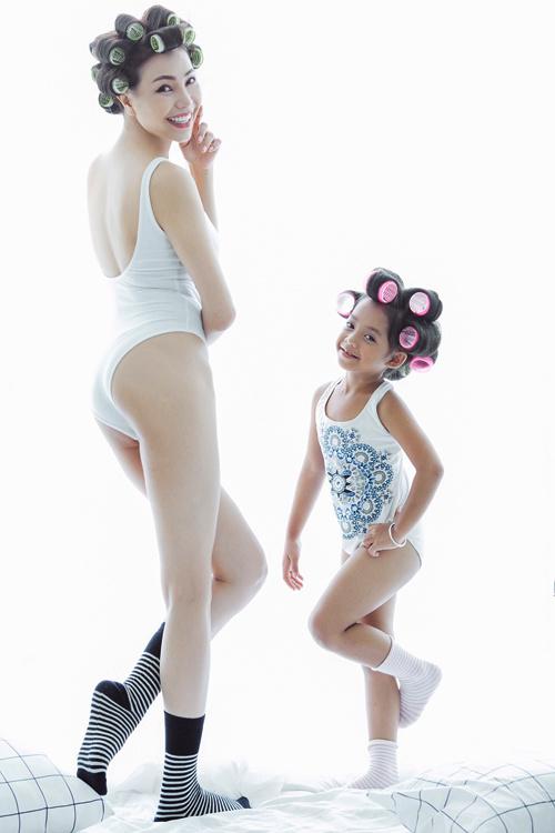 Lần đầu Trà Ngọc Hằng mặc bikini sexy không đơn lẻ như xưa - 3