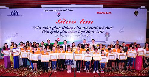 An toàn giao thông cho nụ cười trẻ thơ năm học 2016– 2017 - 1