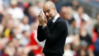 """Man City cuồng vọng: Guardiola """"ăn bốn"""" hoặc ra đường"""