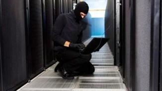 Phát hiện 9.000 máy chủ chứa phần mềm độc hại