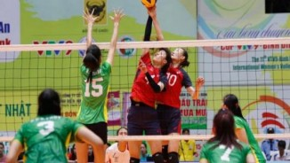 """Bóng chuyền VTV Cup: Ngọc Hoa khiến Linh Chi """"tàng hình"""""""