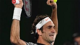"""Federer: 4 năm nhăn trán để có """"kế độc"""" hạ Nadal"""
