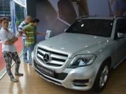 Giá ô tô nhập về Việt Nam giảm 60 triệu đồng/chiếc