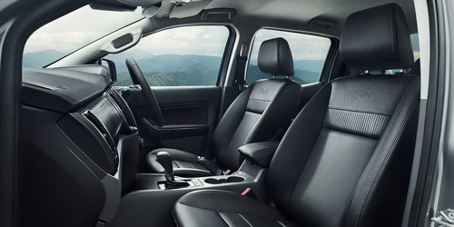 Ford Ranger FX4 hạ giá còn 623 triệu đồng - 3