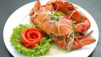 Tuyệt chiêu hấp tôm sú, cua biển ngọt thơm chắc thịt đãi cả nhà dịp nghỉ lễ