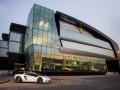 Ô tô - Xem đại lý Lamborghini lớn nhất thế giới đặt tại Dubai