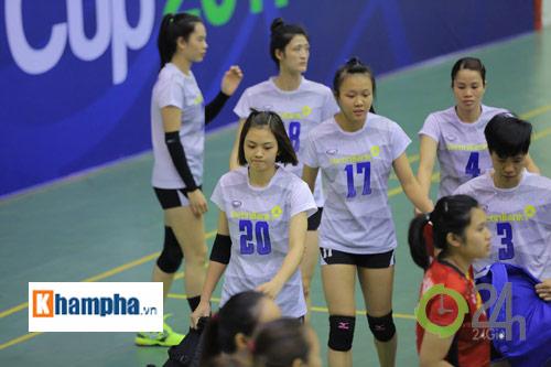 Dàn chân dài trẻ, giỏi, lại còn xinh ở ĐT bóng chuyền nữ U23 VN - 7