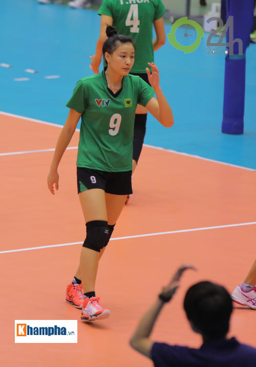 Dàn chân dài trẻ, giỏi, lại còn xinh ở ĐT bóng chuyền nữ U23 VN - 12