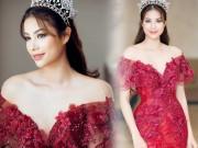 Thời trang - Nín thở vì Phạm Hương mặc đầm đỏ buông lơi như sắp rơi