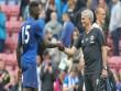 MU hết quân: Mourinho đòi xỏ giày vào sân đá cặp Bailly