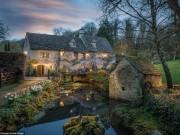 Ghé thăm biệt thự thế kỷ 14 đẹp như cổ tích