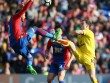 Crystal Palace - Burnley: Cái giá của sự phung phí