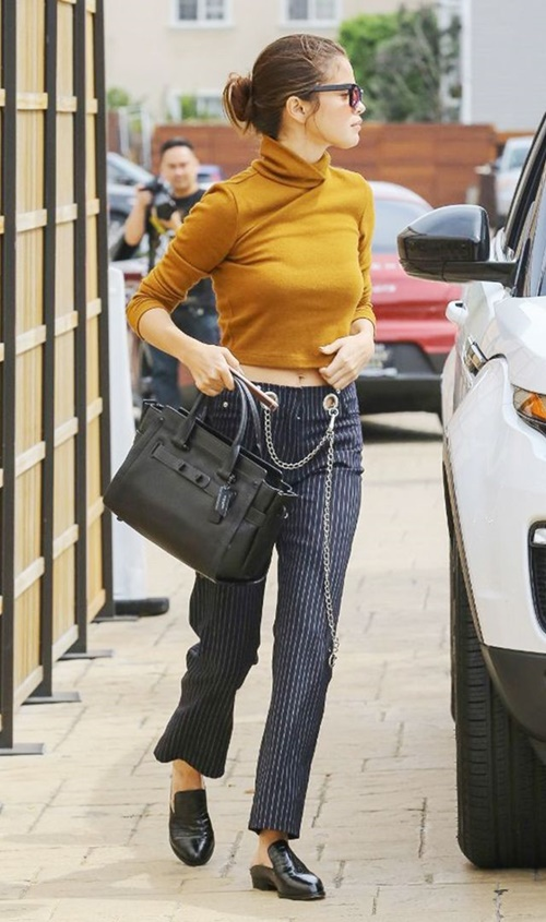 Selena Gomez không thèm mặc 7 món này từ lâu rồi! - 5