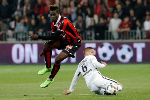 Nice - PSG: Nảy lửa 2 thẻ đỏ và 4 bàn thắng - 1