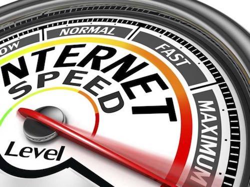 Internet 'siêu tốc' mừng và lo - 1