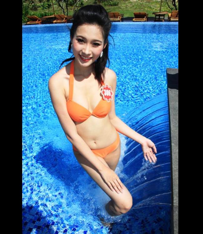 Hoa hậu Thu Thảo tung ảnh áo tắm hiếm hoi kỳ nghỉ lễ - 7
