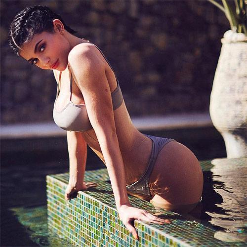 Mặc sexy chụp hình, hot girl Hollywood lộ bí mật ít ai ngờ - 7