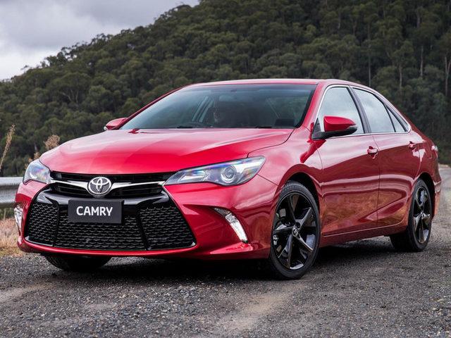 Toyota Camry thêm bản thể thao ESport giá 1,06 tỷ đồng - 1