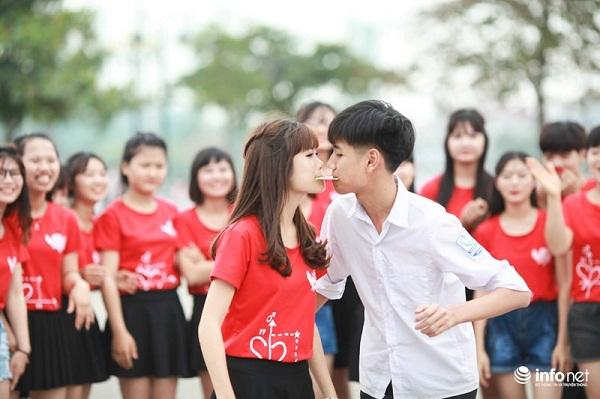 """Bộ ảnh kỷ yếu """"cực nhắng"""" của học sinh Bắc Giang - 12"""