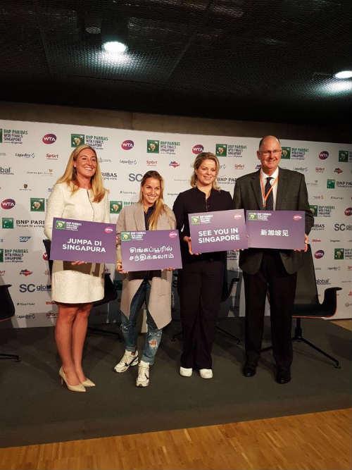 Tennis 24/7: Không vô địch, Sharapova vẫn mở tiệc ăn mừng - 6