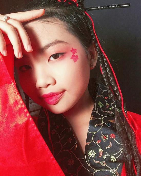 Quỳnh Anh, Phương Mỹ Chi diện kimono sexy hơn gái Nhật - 2