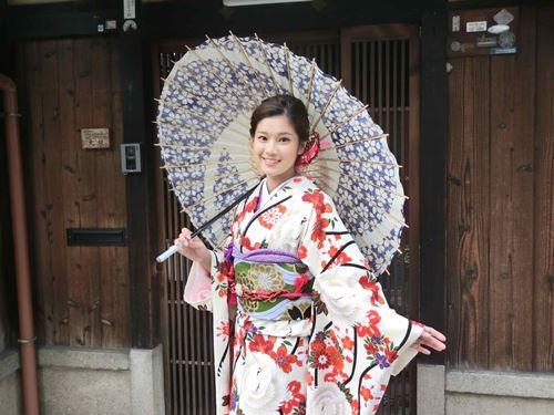 Quỳnh Anh, Phương Mỹ Chi diện kimono sexy hơn gái Nhật - 6