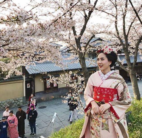 Quỳnh Anh, Phương Mỹ Chi diện kimono sexy hơn gái Nhật - 9