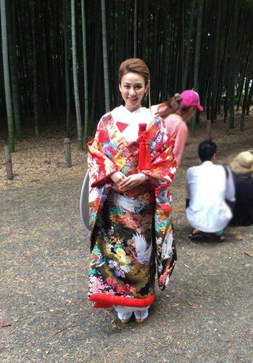 Quỳnh Anh, Phương Mỹ Chi diện kimono sexy hơn gái Nhật - 11
